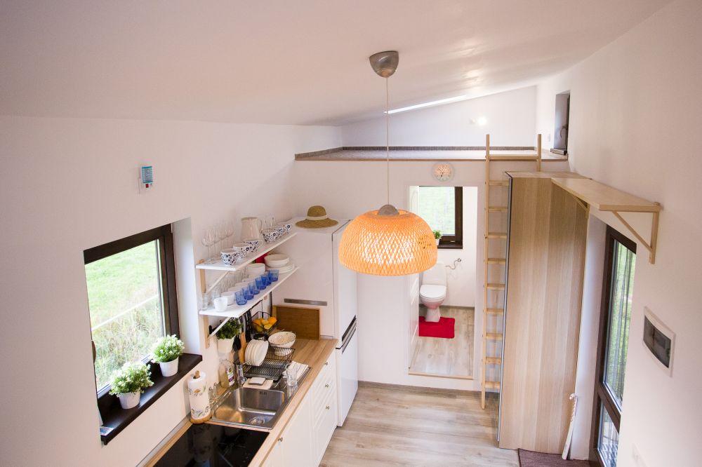adelaparvu-com-despre-tiny-house-in-miercurea-ciuc-romania-casa-30-mp-desginer-botond-szakacs-foto-biro-zoltan-11