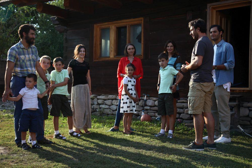 adelaparvu-com-despre-renovarea-casei-fam-udrea-fieni-episodul-8-seznul-3-visuri-la-cheie-foto-protv-1