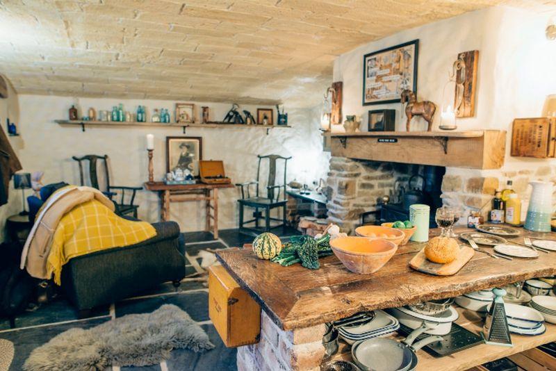 adelaparvu.com despre casa de vacanta cu carute anexate, casa Nomad, Marhamchurch, Cornwall, UK, Foto Unique Home Stays (19)