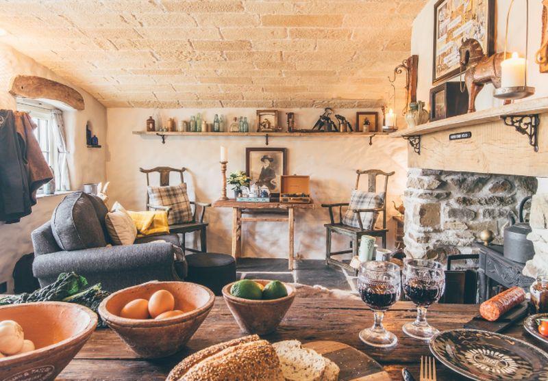 adelaparvu.com despre casa de vacanta cu carute anexate, casa Nomad, Marhamchurch, Cornwall, UK, Foto Unique Home Stays (5)
