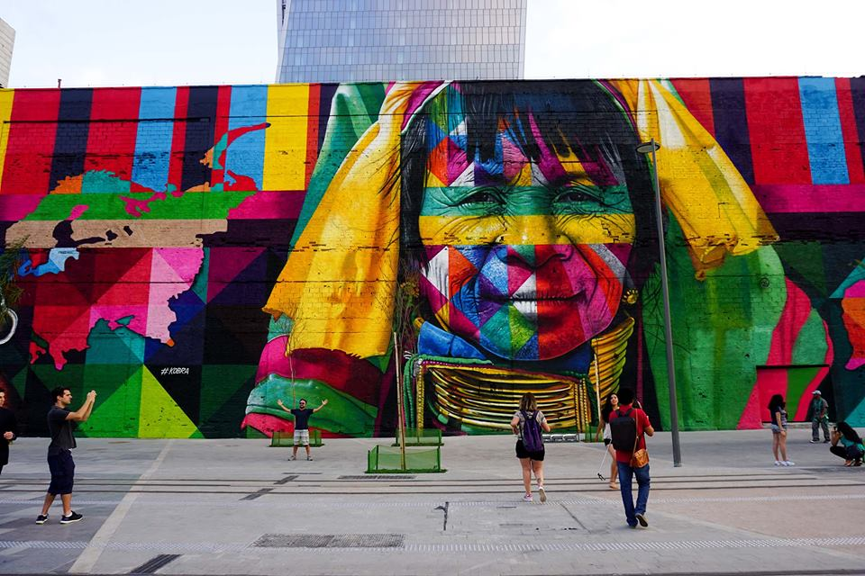 adelaparvu.com despre Eduardo Kobra artistul graffiti al oraselor, murala Indigenous (4)