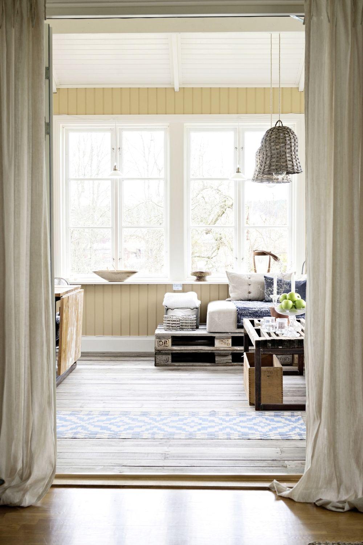 adelaparvu.com despre casa veche renovata, Suedia, design Susanna Ekeblad, Foto Cecillia Moller (3)