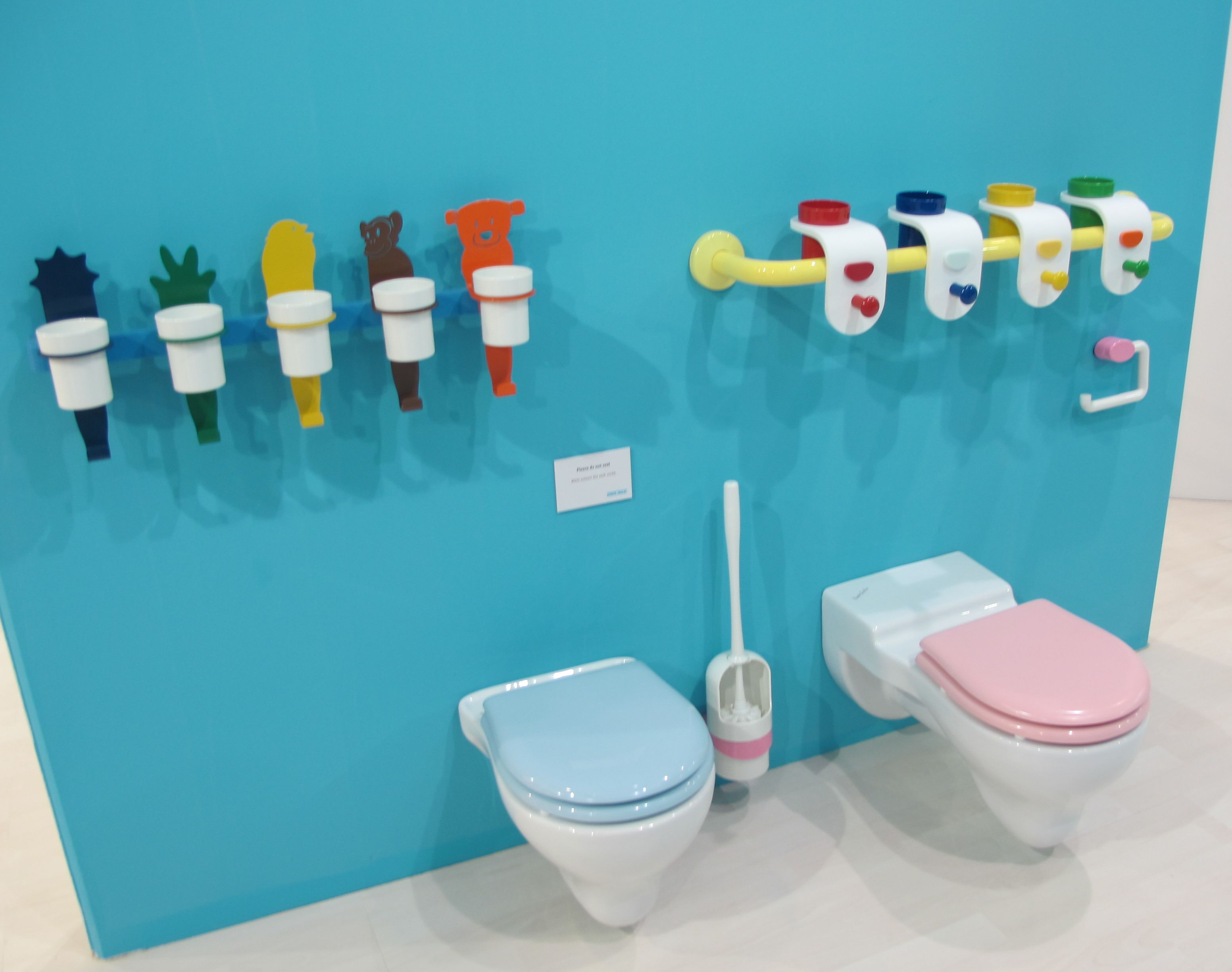 Camere baie pentru copii cu obiecte sanitare mini adela for Ponte giulio