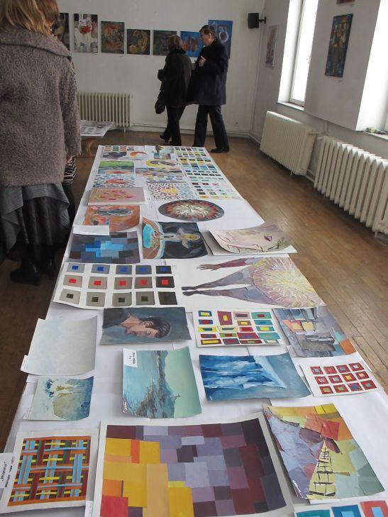 Lucrari din expozitia Perceptia cromatica in teorie si practica Galeria UNArte