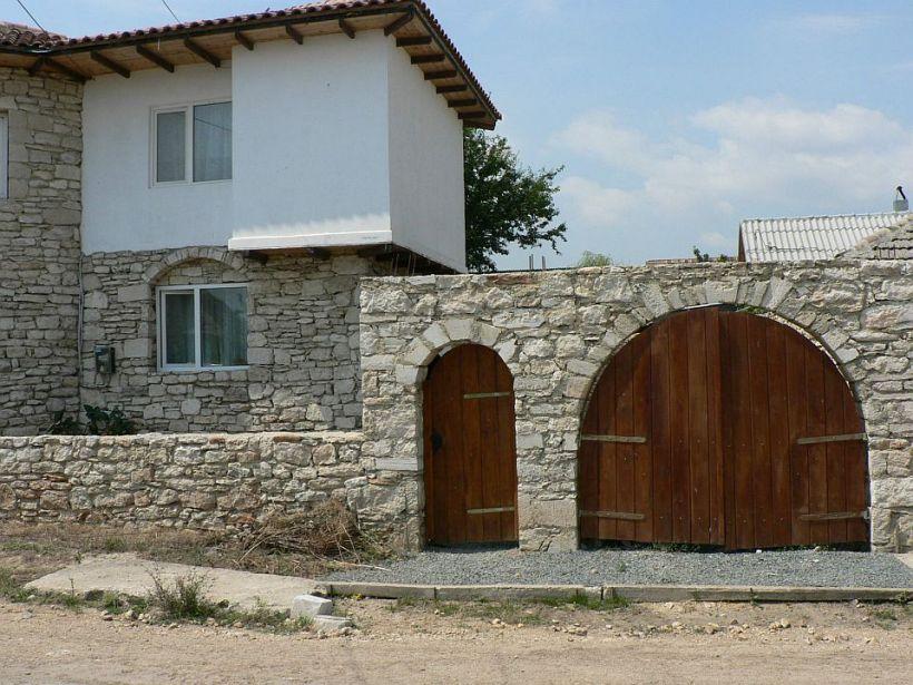 adelaparvu.com despre Mihai Cubanit zidarul caselor de piatra (18)