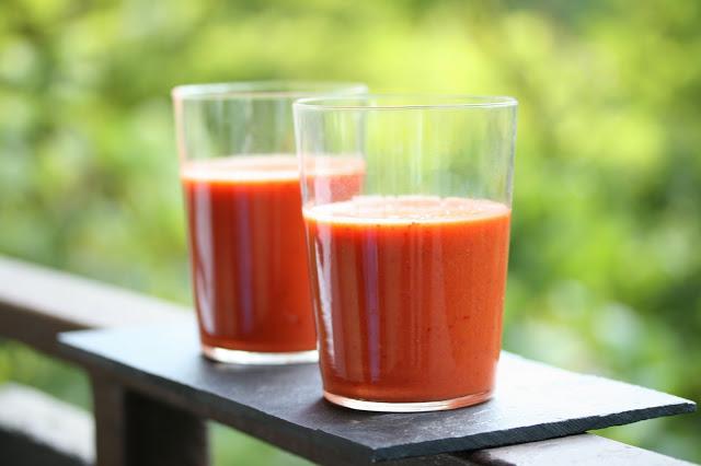 gazpacho capsune si otet balsamic
