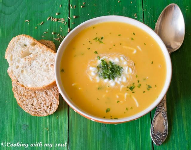 supa de morcovi cu lapte de cocos.m