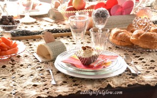 Valentine Tablescape 07