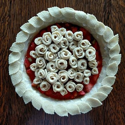 Pretty Rosette Pie