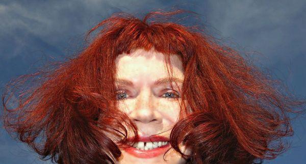 mujer-rojo