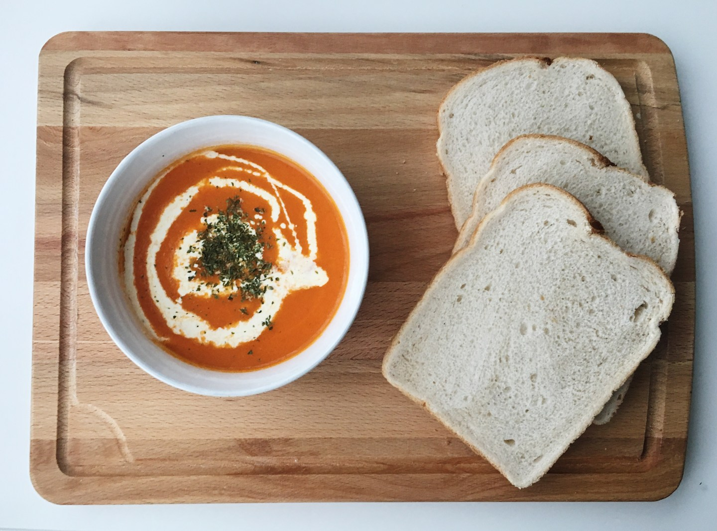 The Perfect Winter Tomato Soup | Blogmas Day 16