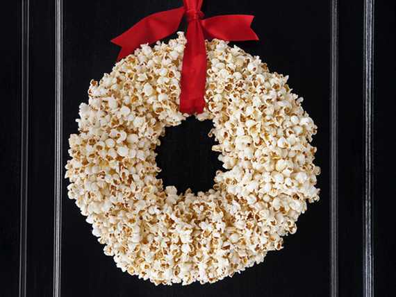 unusaul-christmas-wreath-popcorn