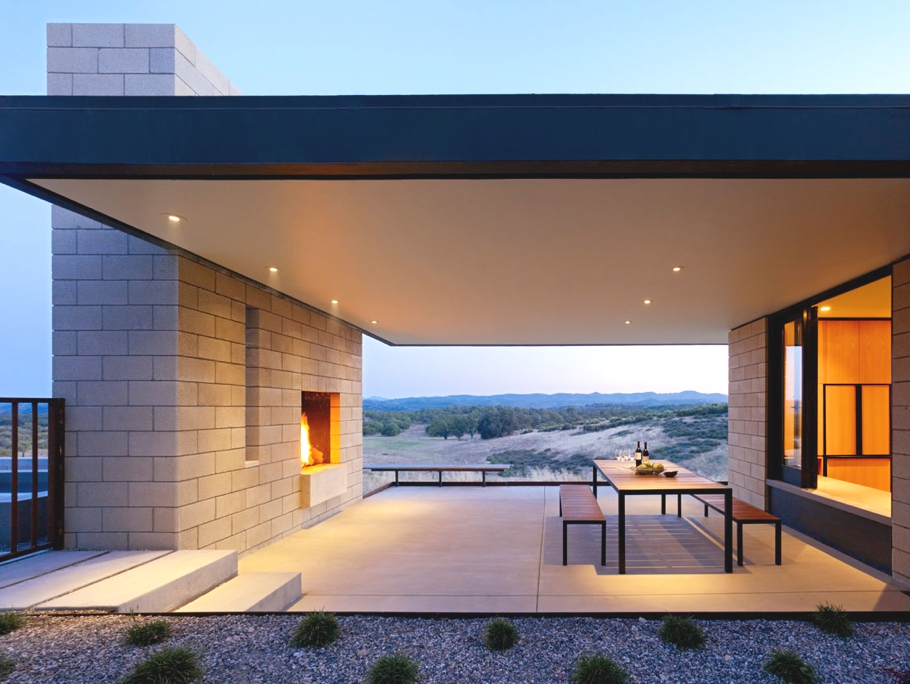 Delightful Views Over Undulating Countryside At Paso