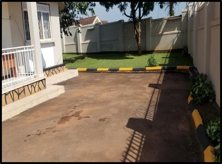 Shared Office Space In Bukoto