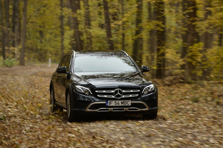 Mercedes-Benz E220d All Terrain (1)