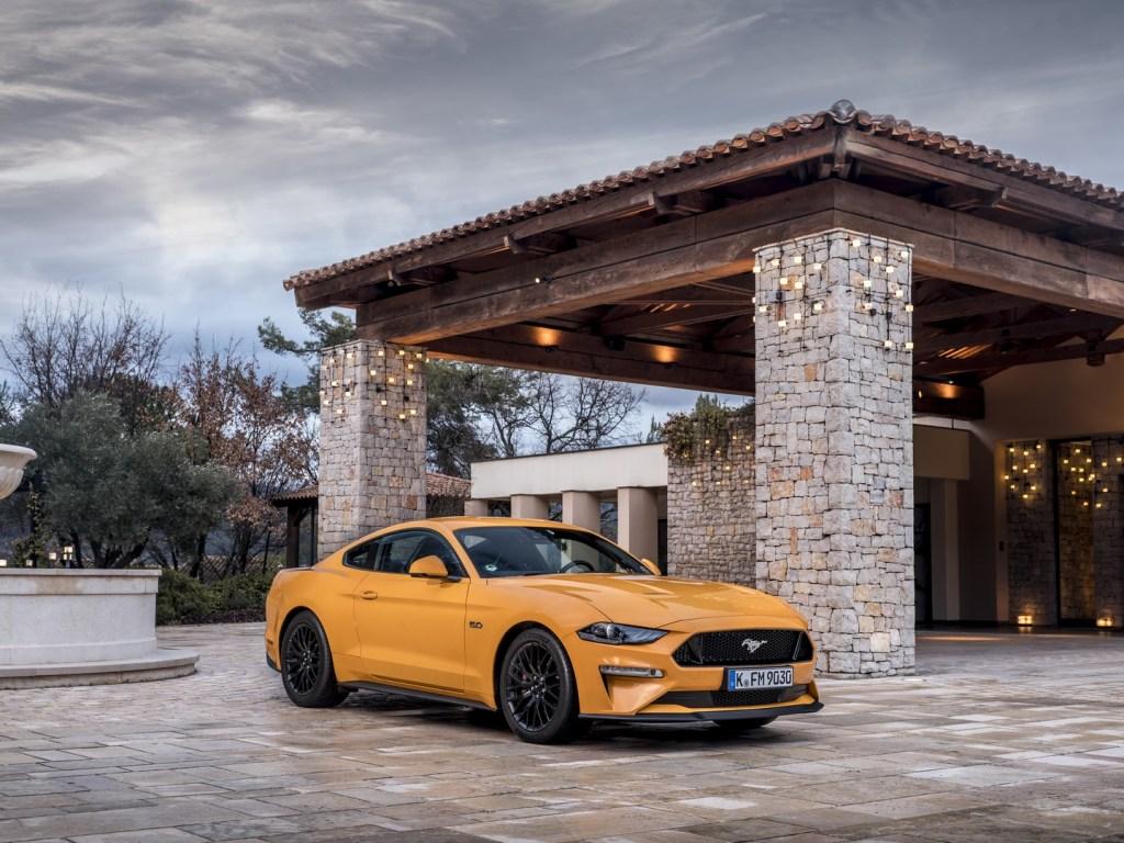 Ford Mustang Nissa (21)