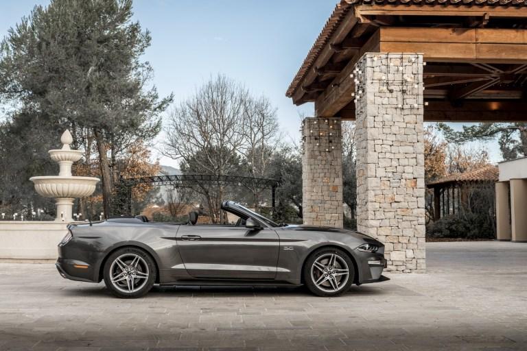 Ford Mustang Nissa (8)