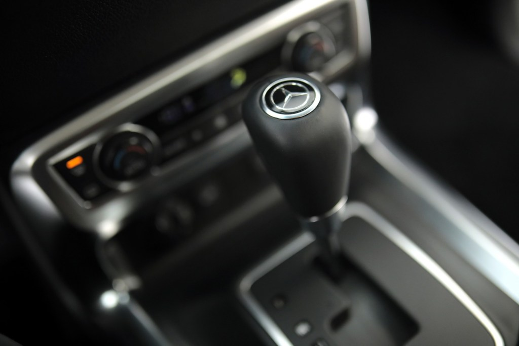 Mercedes-Benz X 227