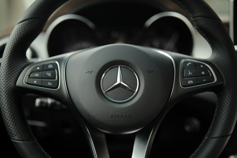 Mercedes-Benz X 228
