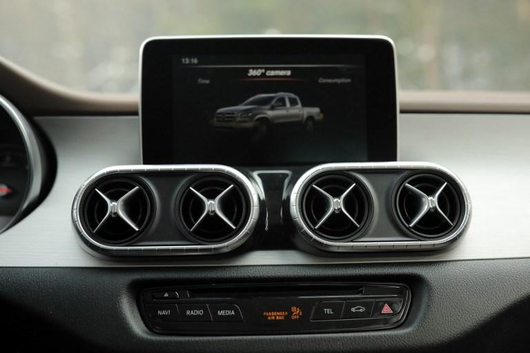 Mercedes-Benz X 231