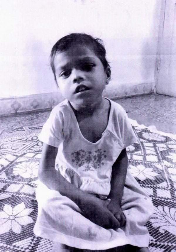 मुलीला ओळखत असाल तर बाल कल्याण समिती (अध्यक्ष) धुळे यांच्याशी संपर्क साधावा-विजयसिंग परदेशी