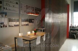 w-uarchitects-klokgebouw-roomdivider-metal-curtain-golf-romeo-small-metal_curtain-metalen_gordijn-2