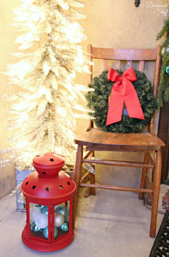 Vintage Sparkle Christmas Porch | A Diamond in the Stuff