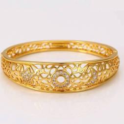 Rose gold color bangel