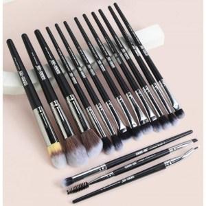 MAANGE 15Pcs Makeup Brushes Set Professional Natural-Synthetic Hair Makeup Brush Foundation Powder Contour Eyeshadow Tool Black Color