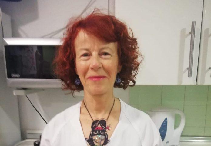 Ángeles Reyes, enfermera premiada