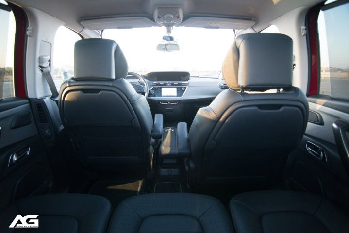 Citroen-C4-Space Tourer-interior-01