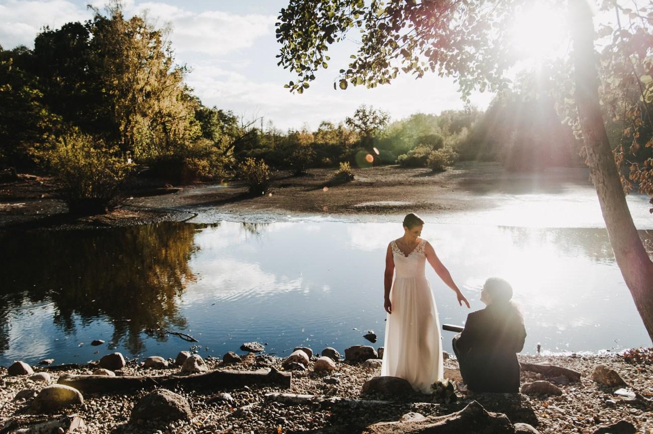 Alternative Herbsthochzeit, Hochzeitsfotografie im Eppendorfer Moor, Hamburg