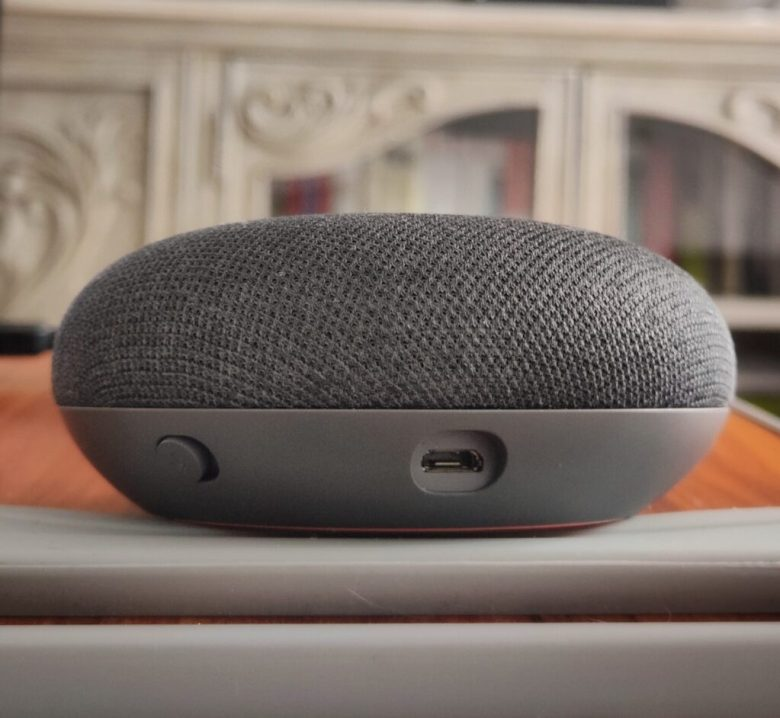 Google-Home-mini-review-4