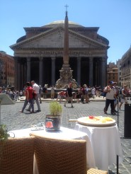 Opted for a touristy lunch right across from the Pantheon.