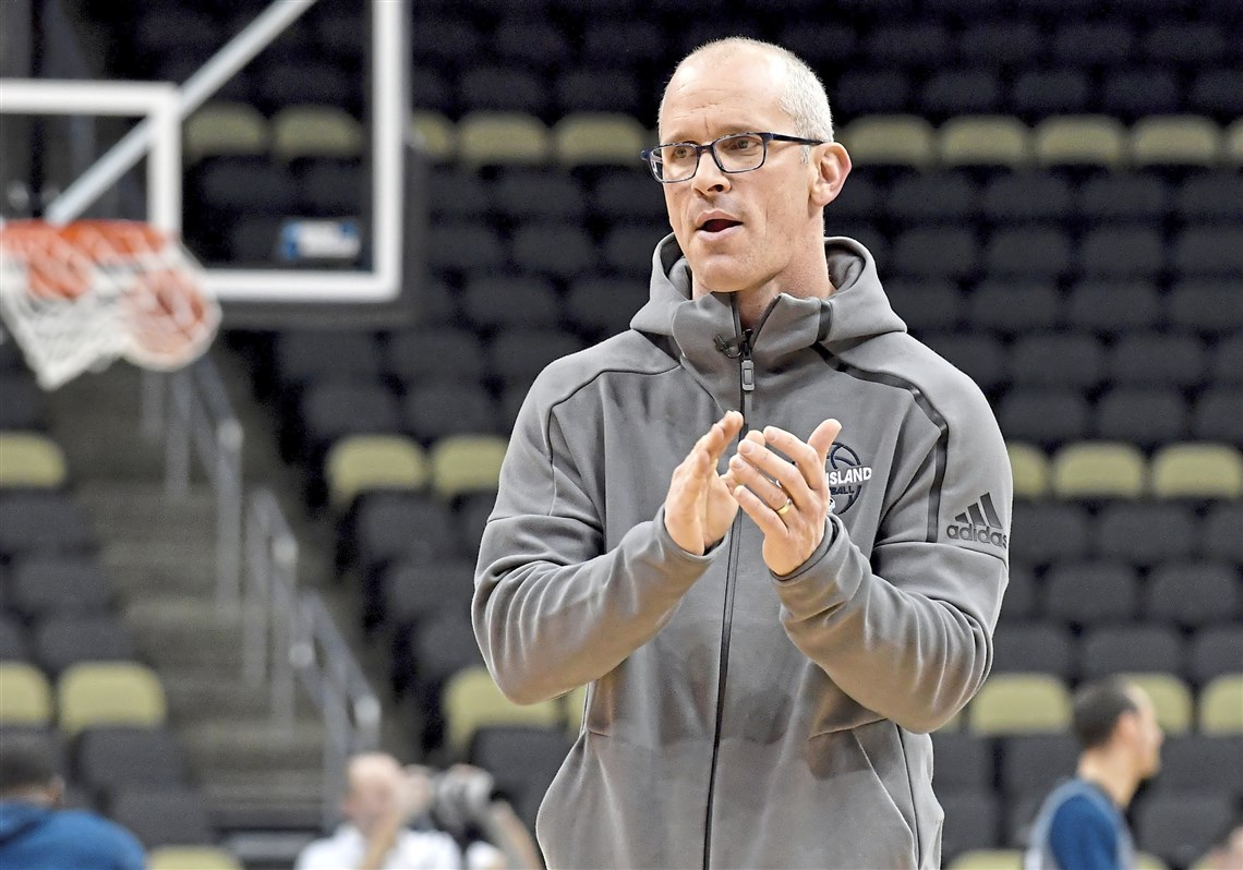 Dan Hurley Accepts 6-Year Offer From UConn