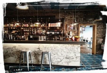 Bar im Jamie's Italian Greenwich, London