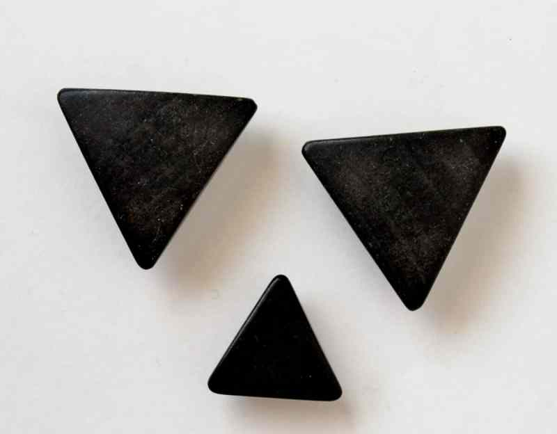 vintage triangle wooden buttons
