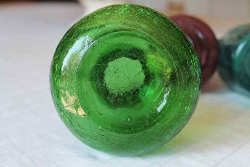 ground bottom of vintage crackle glass