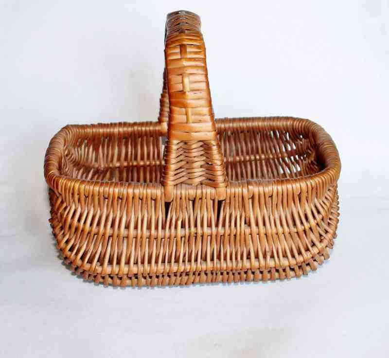 vintage small work basket