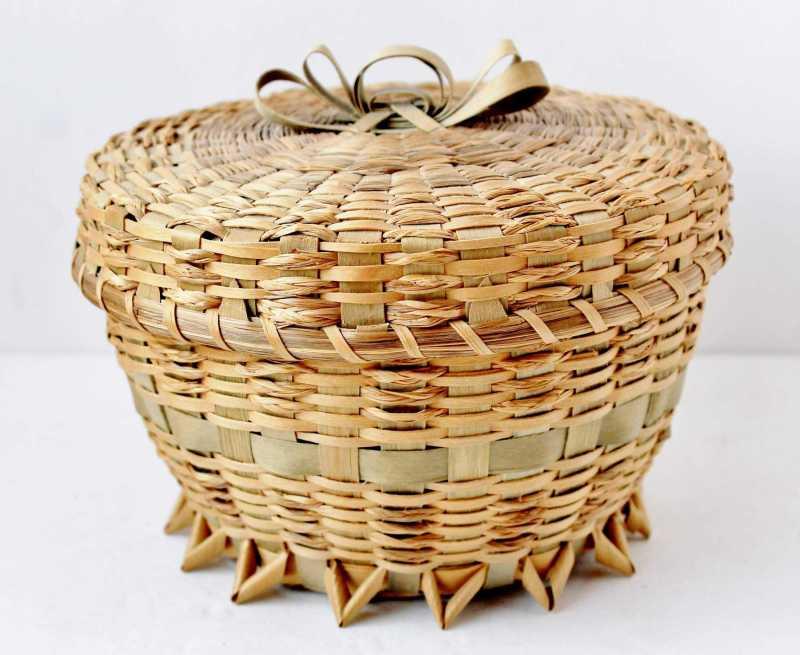vintage native american souvenir ash splint basket