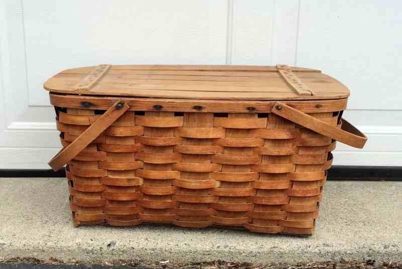 Vintage picnic basket oak splint
