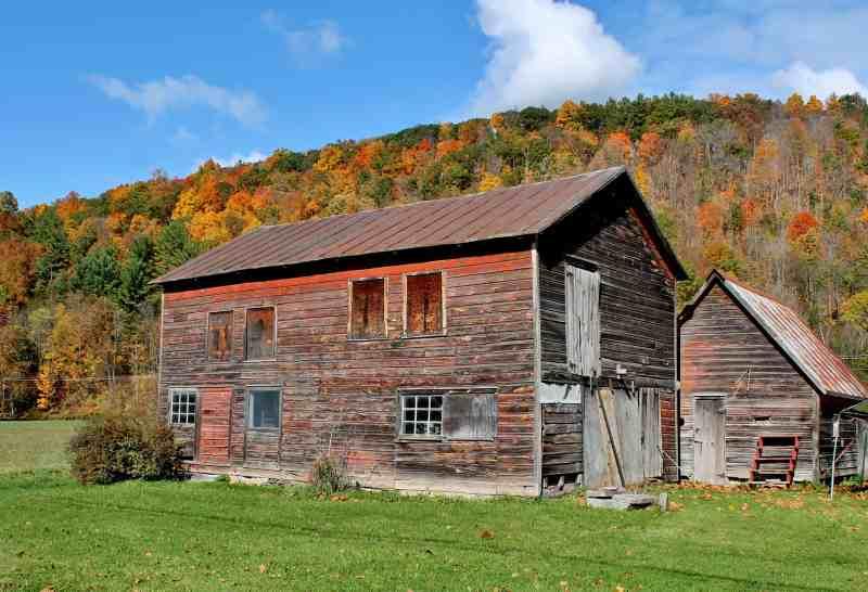 Red Barn hear Schoharie (NY) Adirondack Girl @ Heart