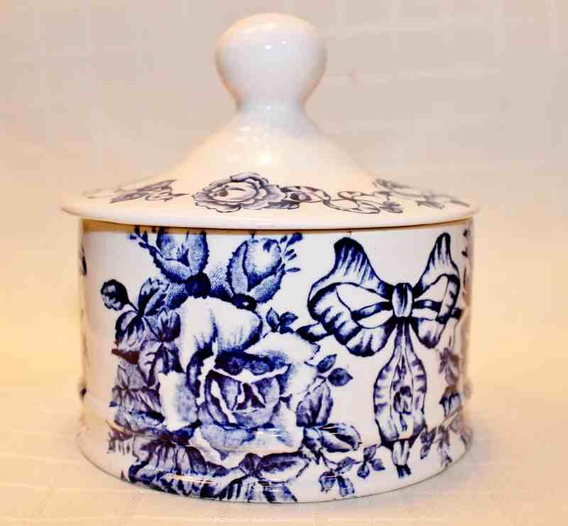 "Transferware J. Kent pottery, Fenton, England ""Garland"""