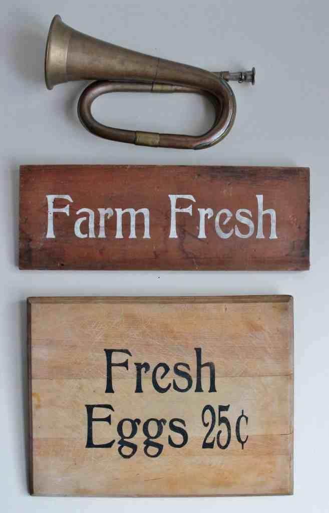 Farm Fresh and Fresh Eggs Signs
