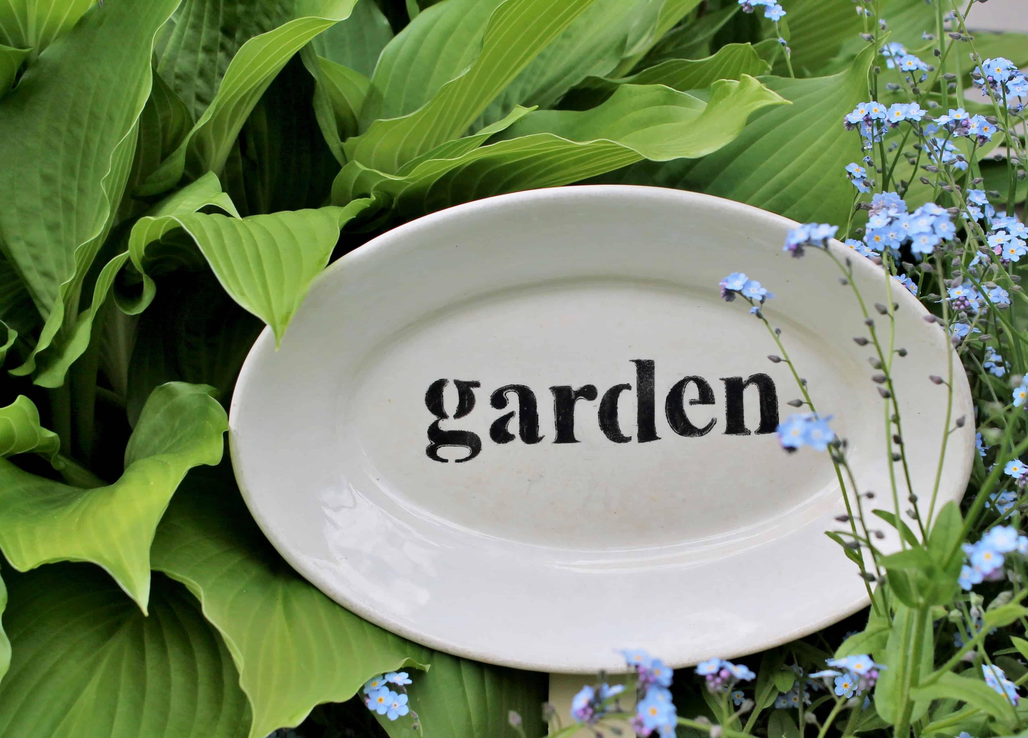 Garden sign on vintage platter (5)