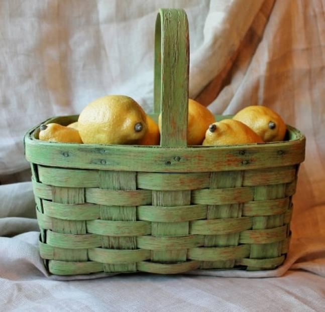8 vintage green basket with lemons (500x481)