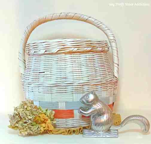 Farmhouse basket hydrangea (1)upcycle My Thrift Store Addiction