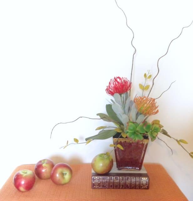 floral-display-at-ren-mermaid-53-cecilia