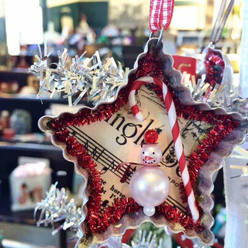 vintage-y-star-ornament-1024x1024