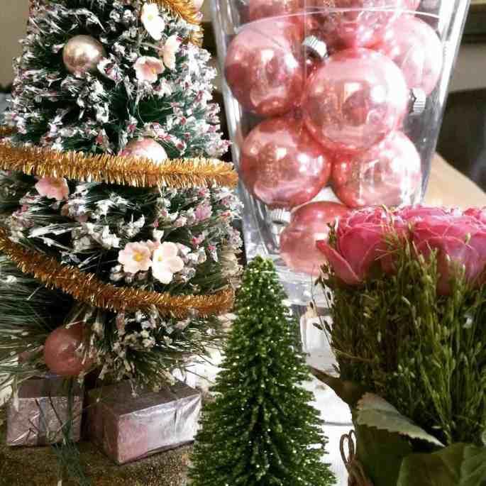 vintage-pink-bulbs-in-candy-jar-2-1280x1280